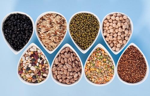 Kilder til jern i kosten fullkornsprodukter, linser, bønner