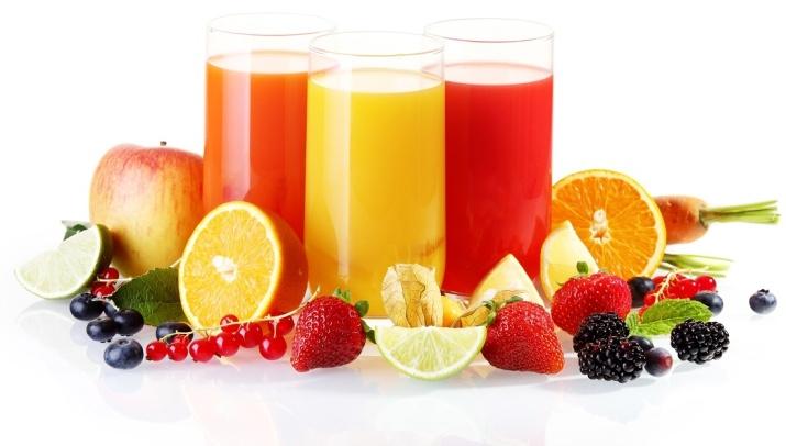 Grønnsaker, frukt og bær som er rike p vitamin C, samt fruktryser optimaliserer opptaket og utnyttelsen av jerni tarmen