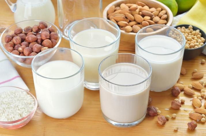 Havremelk, soyamelk og mandelmelk