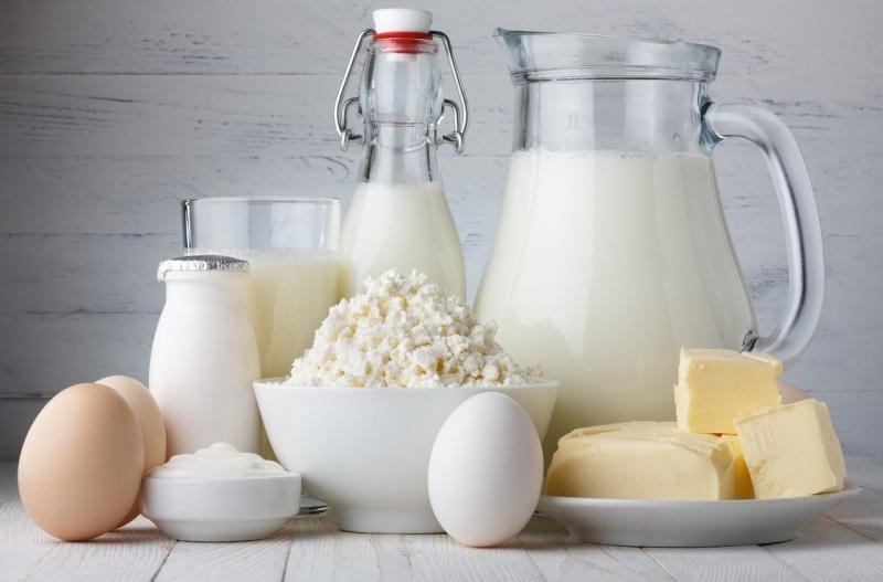 Drikk mindre melk og ha et mer variert og sunnere kosthold
